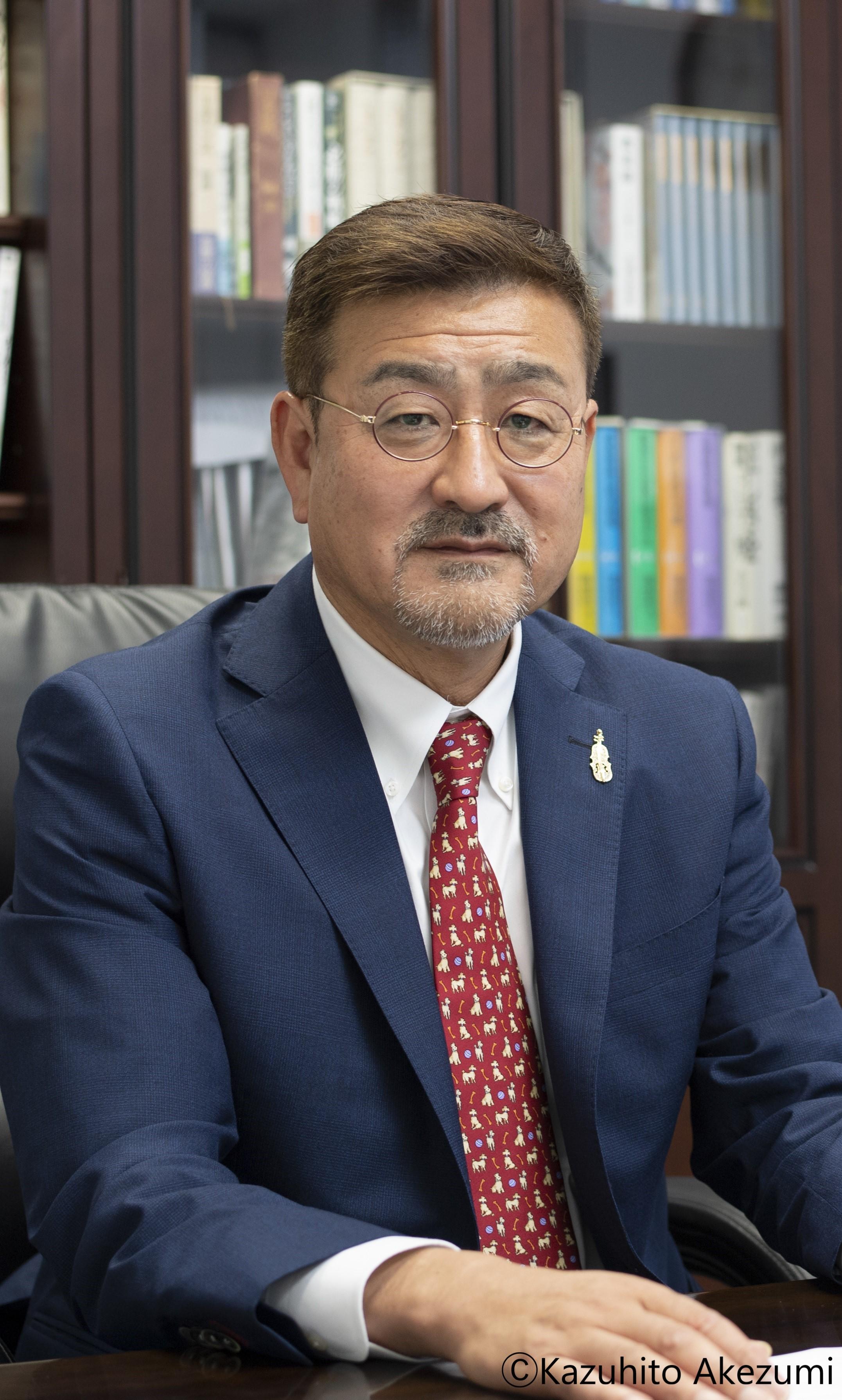 塚本 恭夫